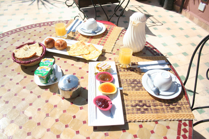 Photo of breakfast on the terrasse of a riad in Marrakech