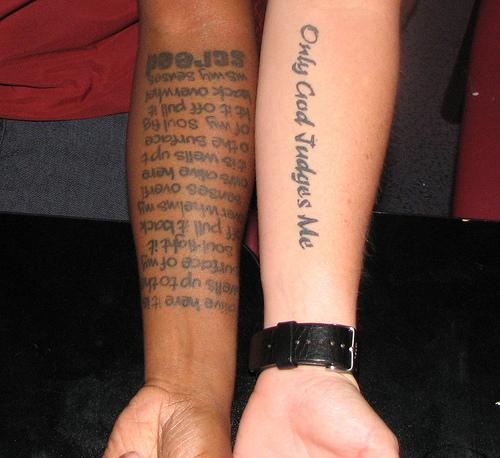 Tatuagens masculinas escritas