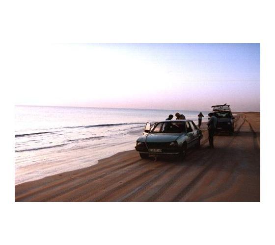 Auto estrada da praia Nouamghar a Nouakchott Mauritania