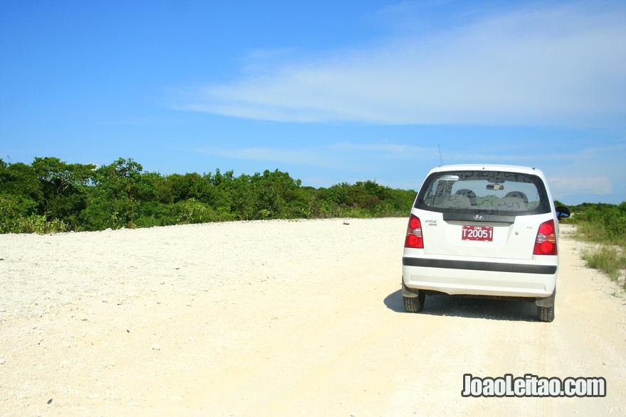 Estrada para Cayo Santa Maria a Norte de Remédios