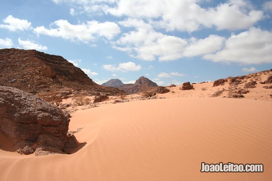 Fotografia do deserto de Wadi Rum na Jordânia