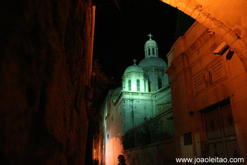 Igreja na Via Sacra em Jerusalem