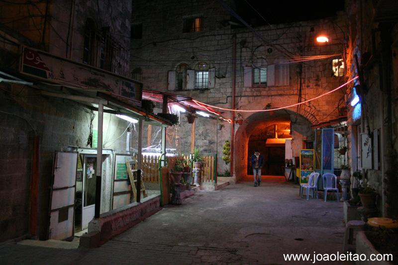 Ruas de Jerusalém a noite
