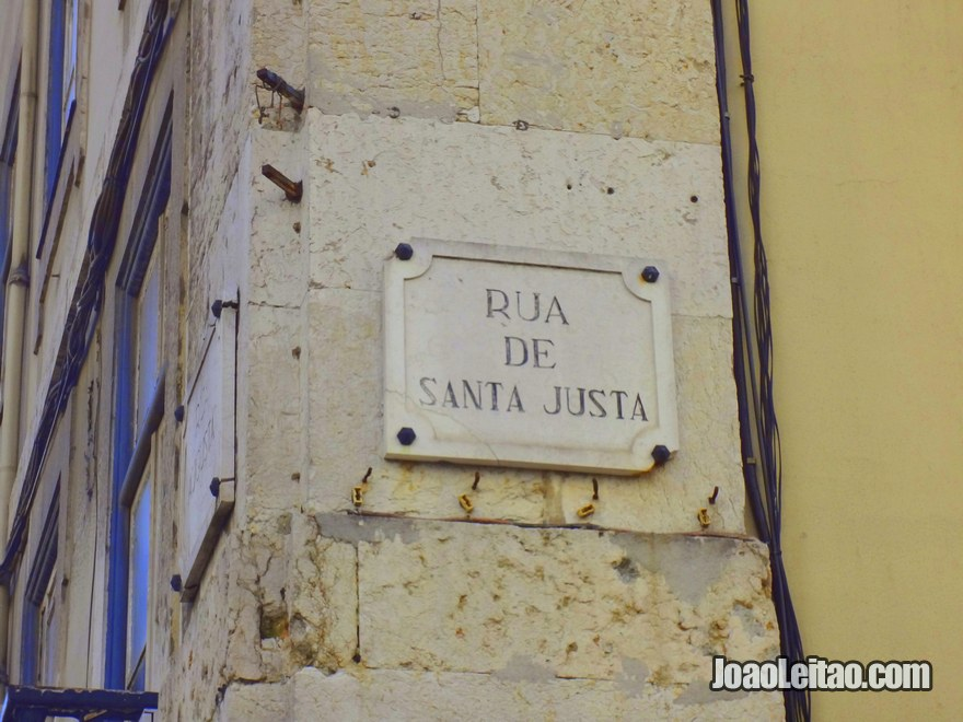 Foto da placa da Rua Augusta