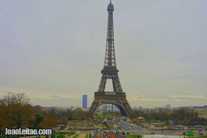 Fotografia da Torre Eiffel na França