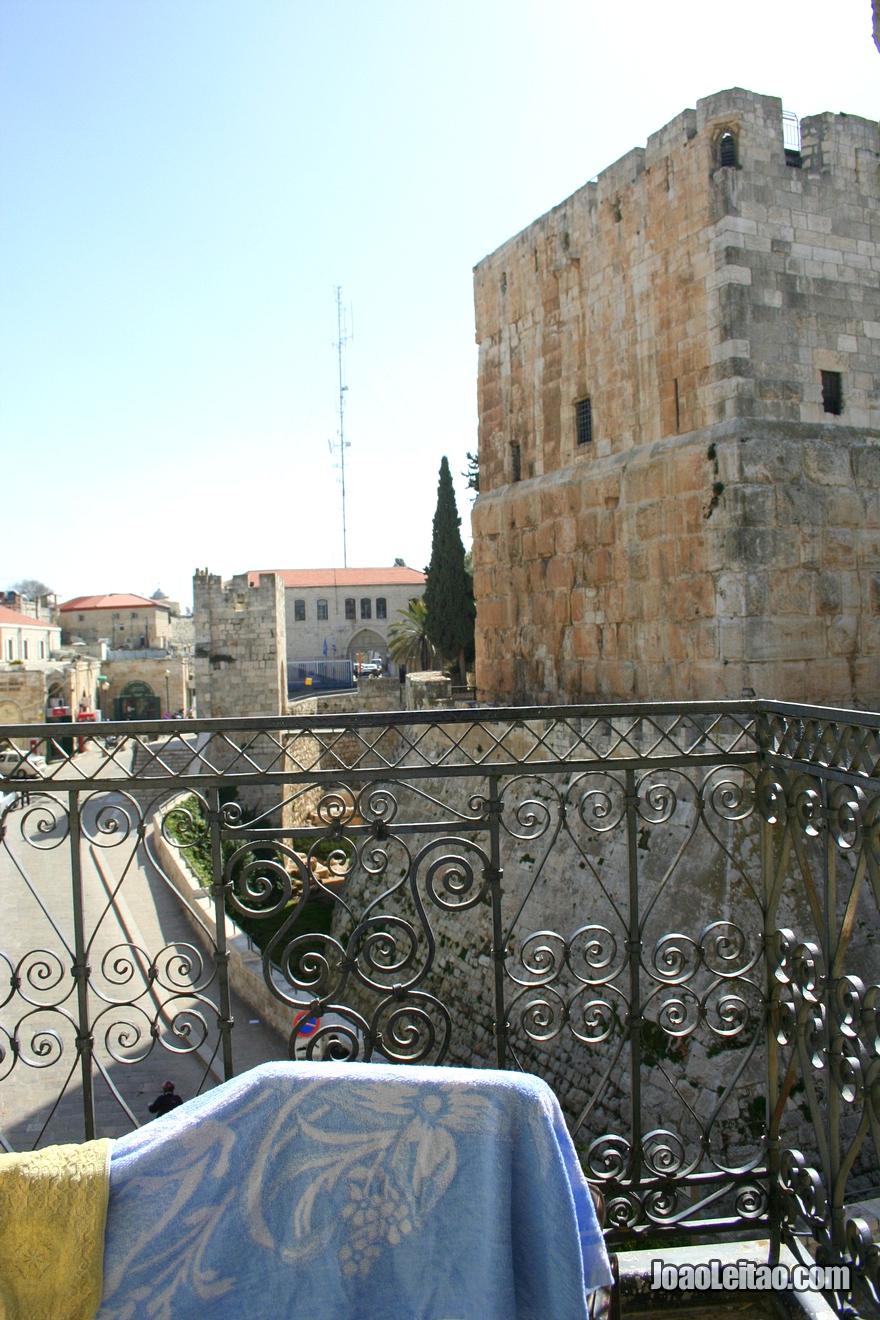 Vista da janela do quarto do hotel Hostel Petra em Jerusalém