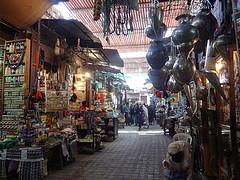 Souks de Marraquexe em Marrocos