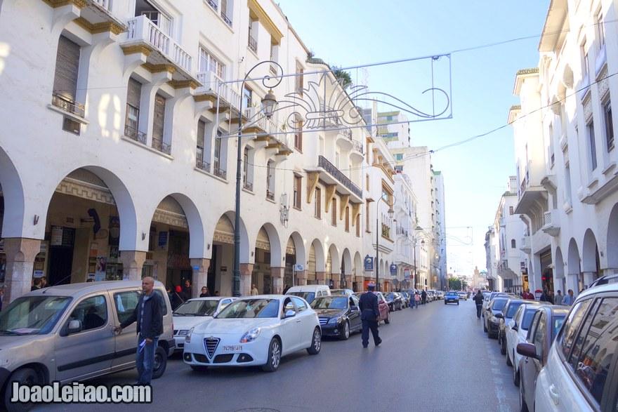Foto de rua no centro da cidade
