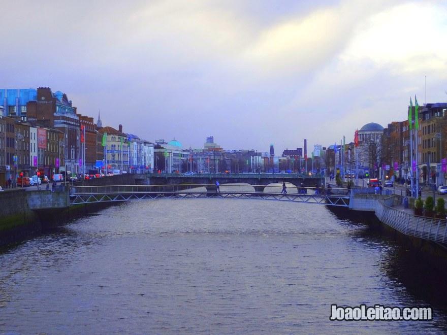 Foto do Rio Liffey em Dublin