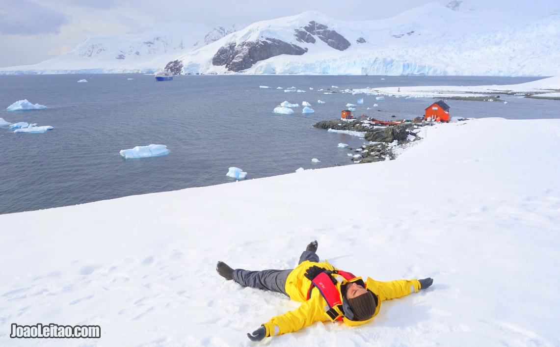 Volta ao Mundo - Viajando no 7º continente, Antártica. Na Base Argentina Almirante Brown