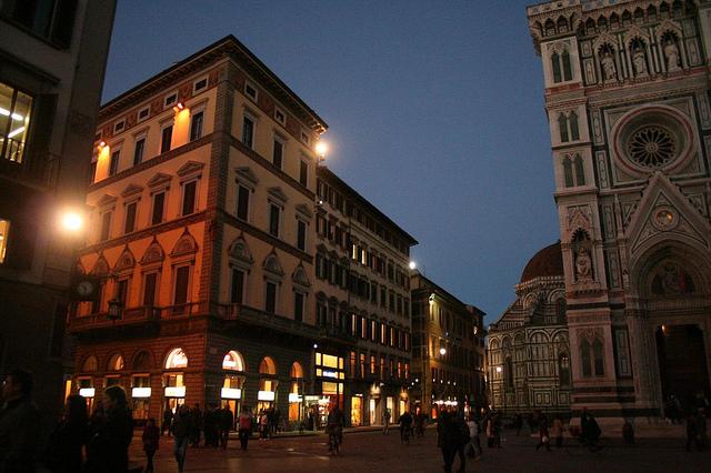 Florença, Informação e Monumentos