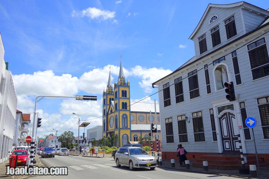 Centro histórico de Paramaribo, Visitar o Suriname