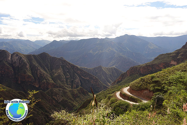 Estrada Leimebamba até Cajamarca - Peru