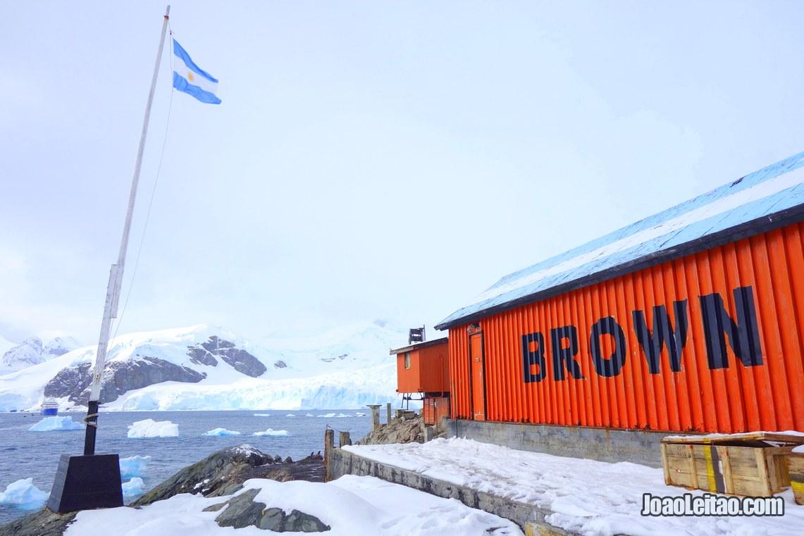 Estação argentina Brown, Viajar na Antartica