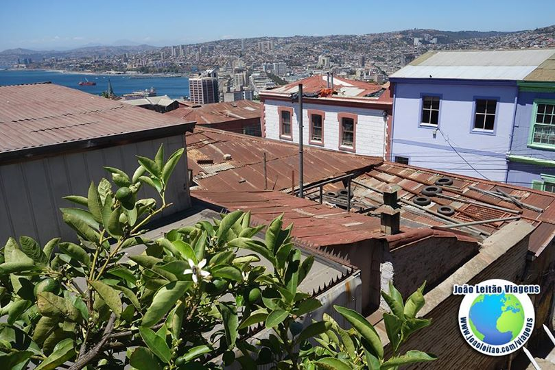 Vista do terraço do Hostal Acuarela, Valparaíso Chile