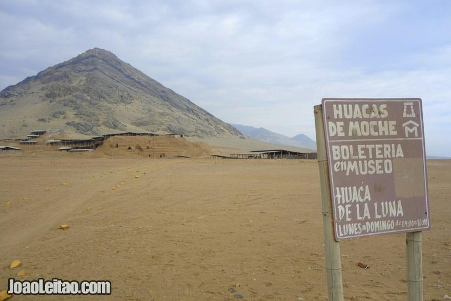 Huacas de Moche Peru