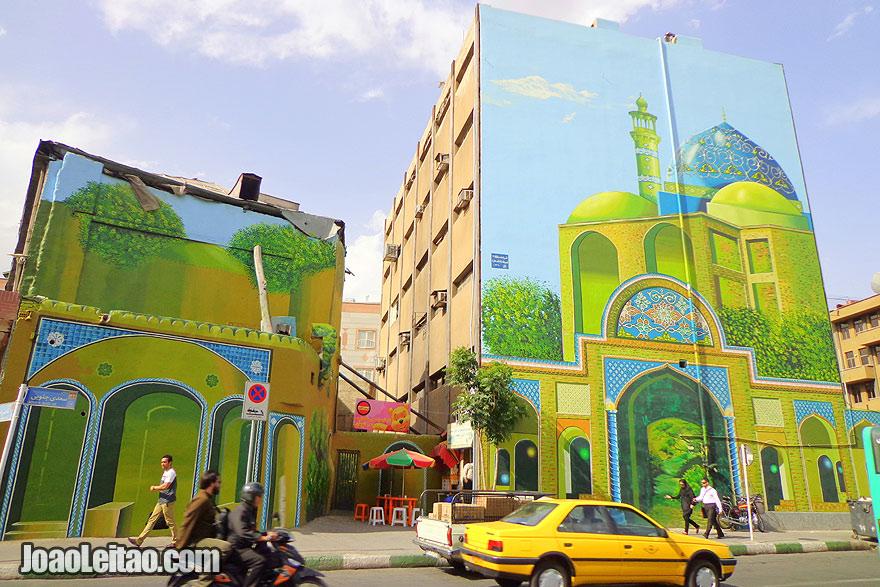 Pintura mural no Irão