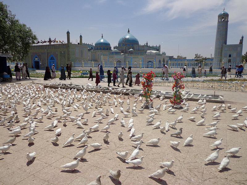 Fotografia da Mesquita azul em Mazar-e Sharif no Afeganistão