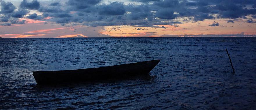 A percorrer as Guianas por terra – barco na Guiana Francesa
