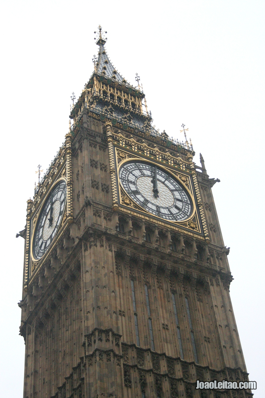 Torre do famoso relógio Big Ben da  Elizabeth Tower