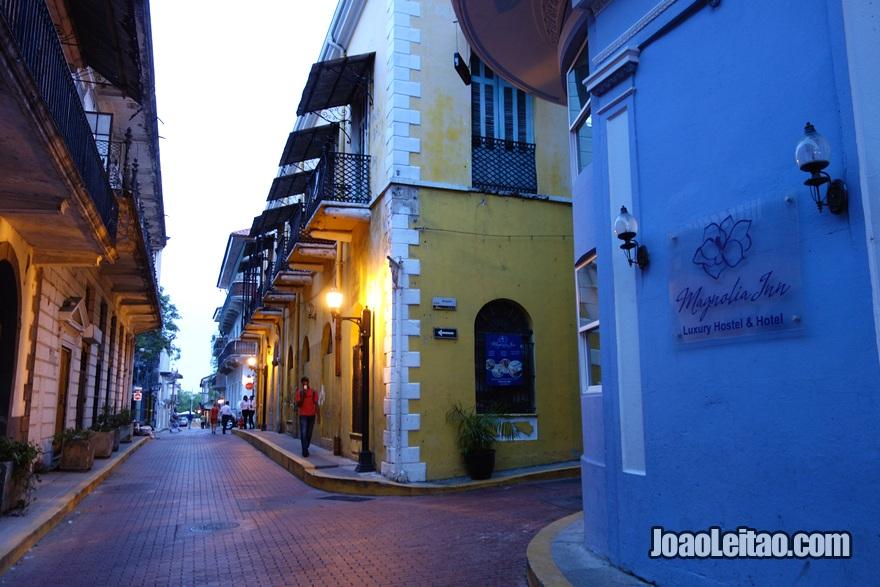 Exterior do Hotel Magnolia Inn na Cidade do Panamá