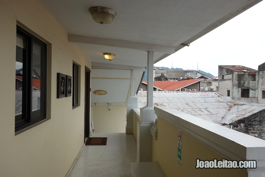 Varanda do Hotel Magnolia Inn na Cidade do Panamá