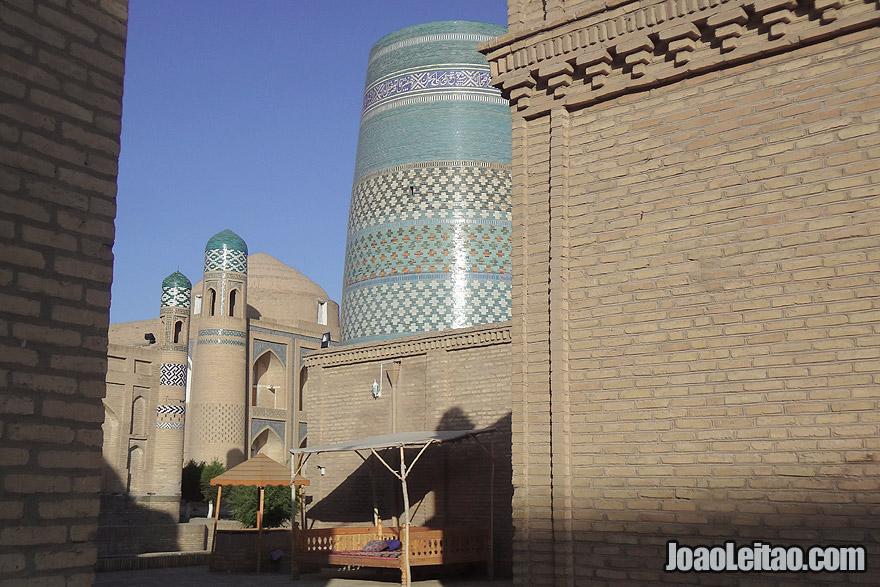 Minarete Kalta-minor em Khiva