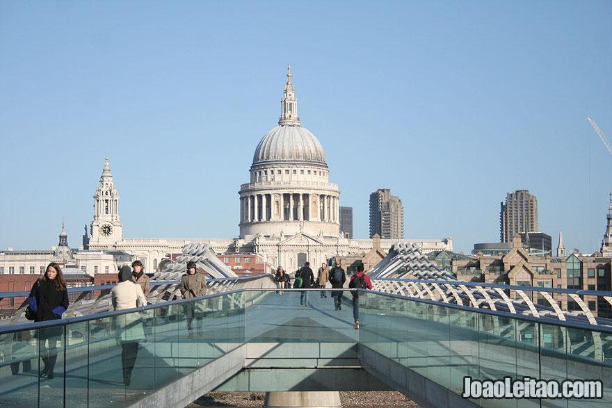 Ponte do Milénio em Londres