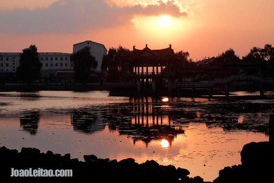 Pôr-do-sol em Sariwon