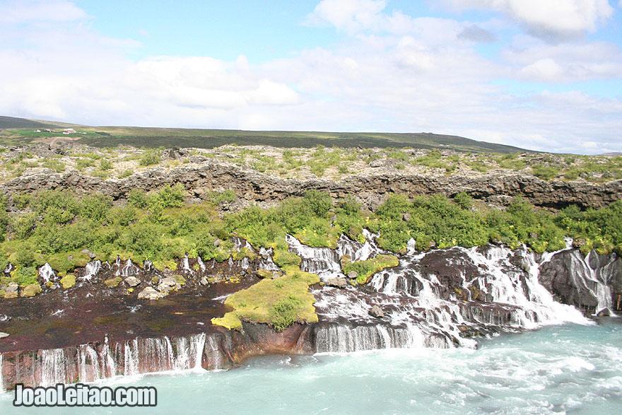 Quedas de água de Barnafossar no Rio Skjálfandafljót