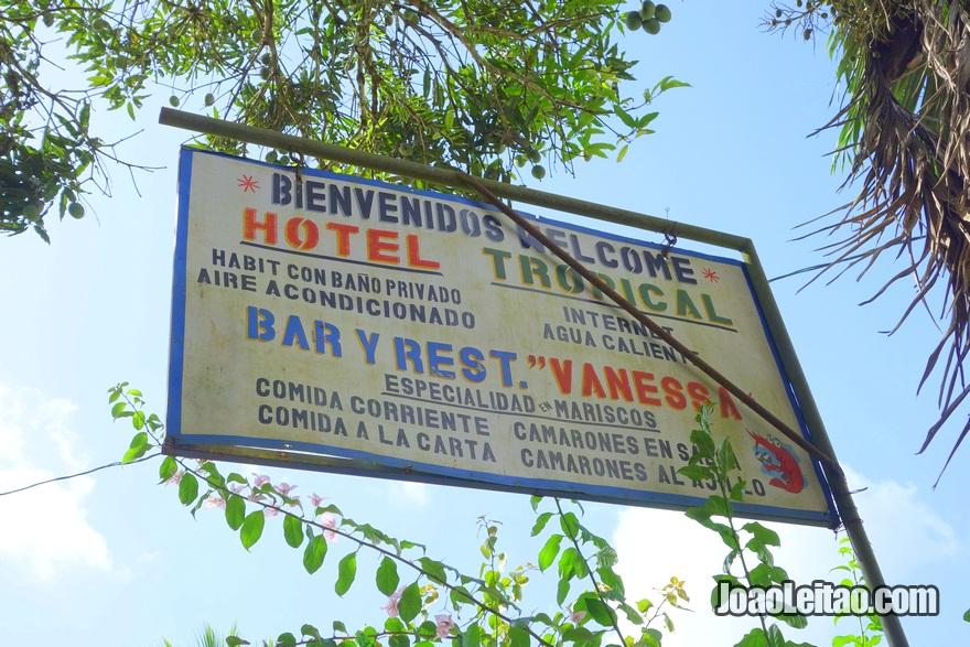 Placa do Hotel Tropical em El Castillo, Nicarágua