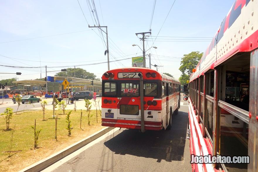 Autocarro Sochitoto até San Salvador, El Salvador