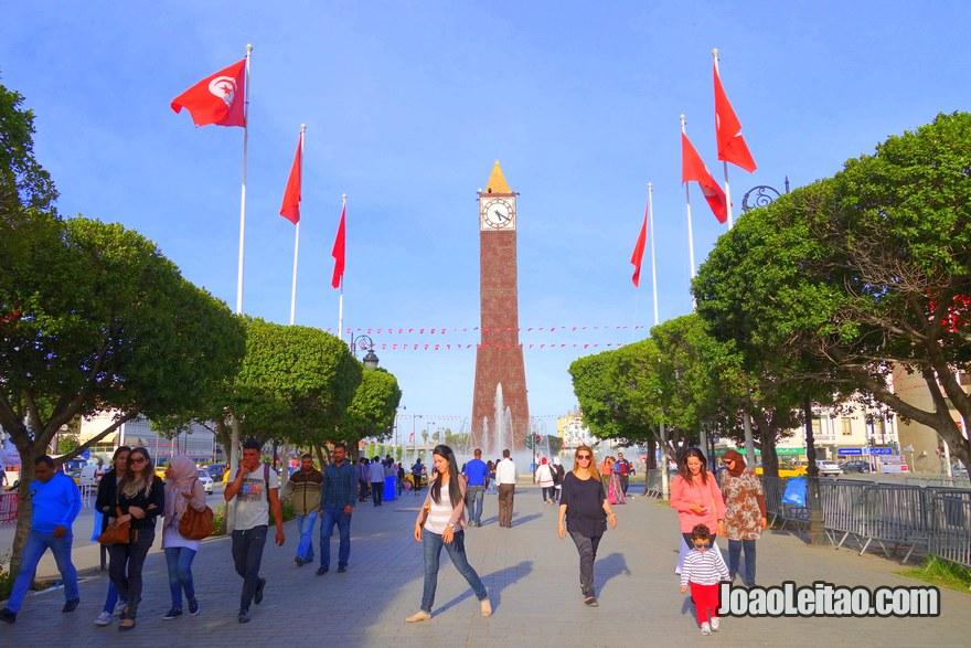 Avenida Habib-Bourguiba em Tunes