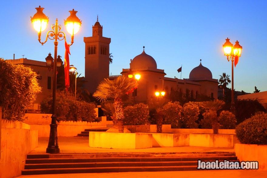 Colégio Sadiqi em Tunes