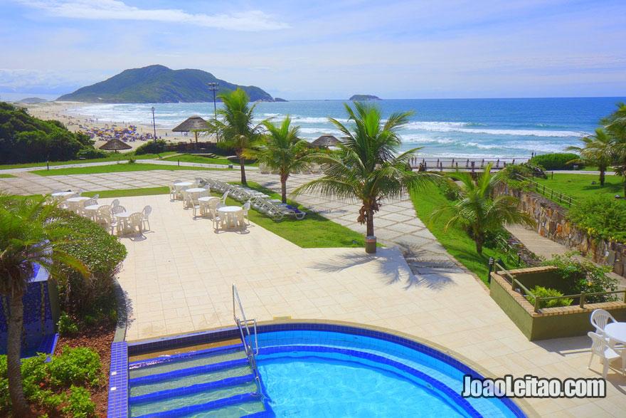 Vista da praia do Hotel Costão do Santinho Resort