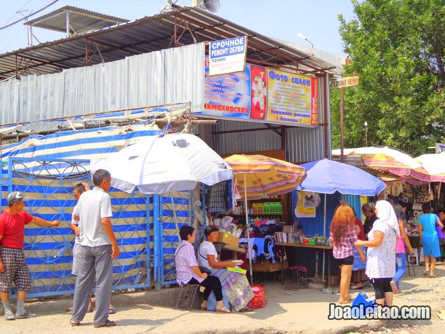 Mercado Dordoy Bazaar em Bishkek