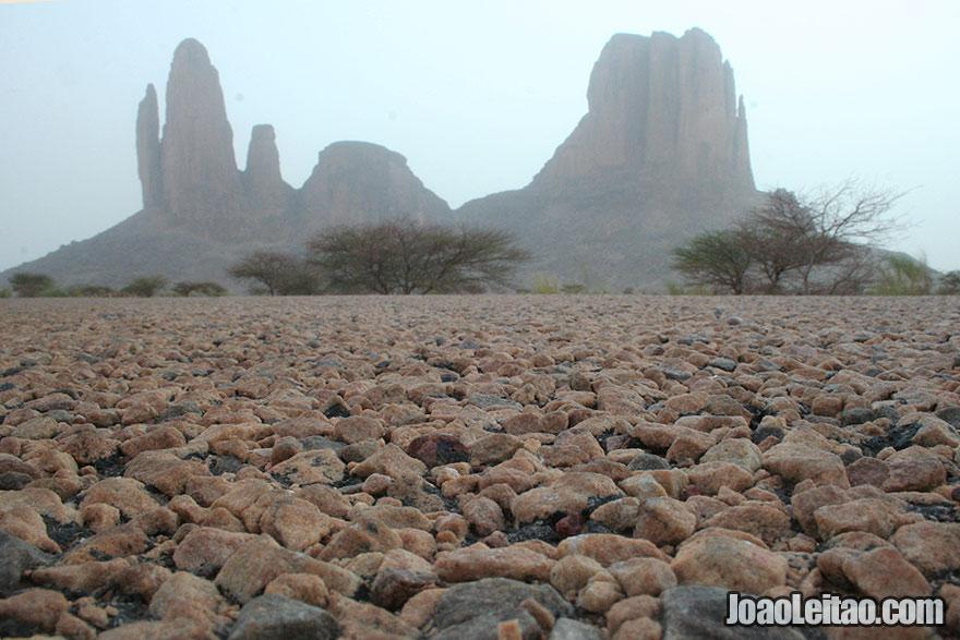 Visit La Main de Fatma in Mali - Africa Best Destinations