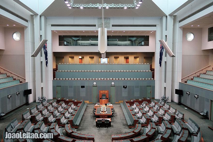 Visit Parliament of Australia in Canberra , Australia