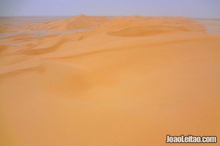 Visit Dunes of Ramlat as Sahmah in Oman