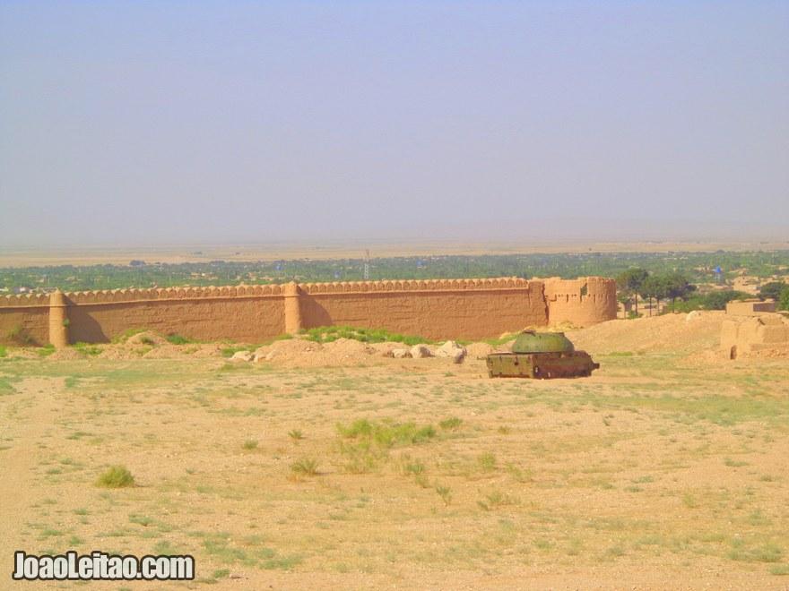 Estrada de Pol-e Khomri até  Mazar-e Sharif
