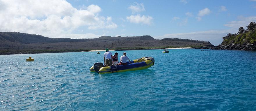 A fazer snorkeling na Ilha de Santa fé - Galápagos