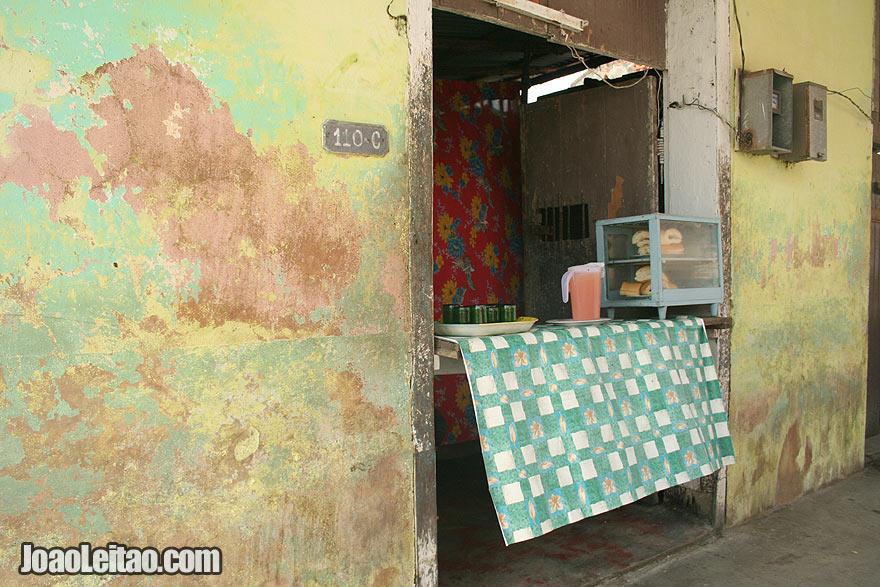 Juice shop in Santiago de Cuba