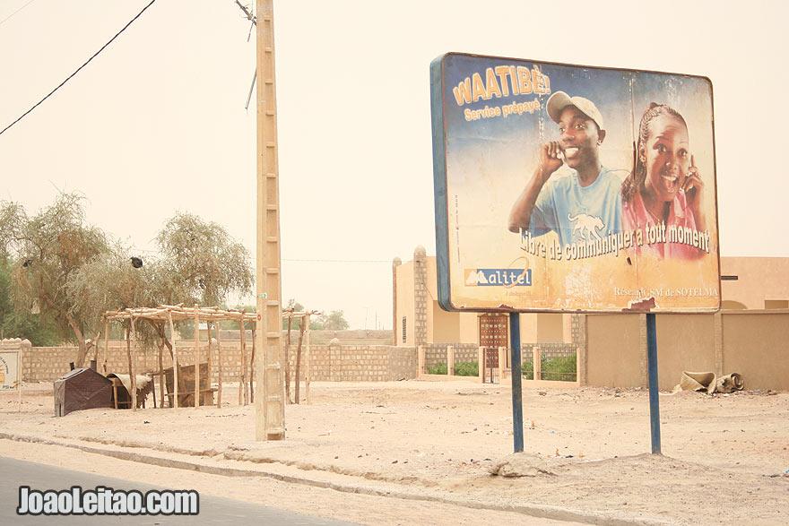 Modern Malitel billboard