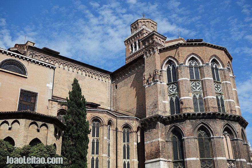 Basílica de Santa Maria Gloriosa dei Frari in Venice