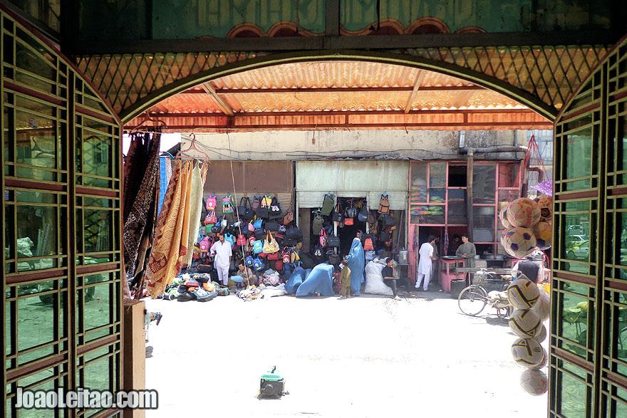 Women shopping in Mazar-i-Sharif Central Market
