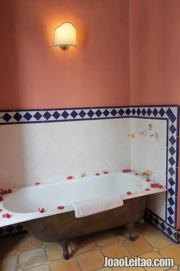 Bathtub in Hotel de la Opera in Bogota