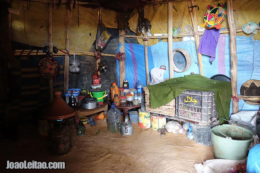 Cozinha nómada nas Dunas de Erg Chebbi
