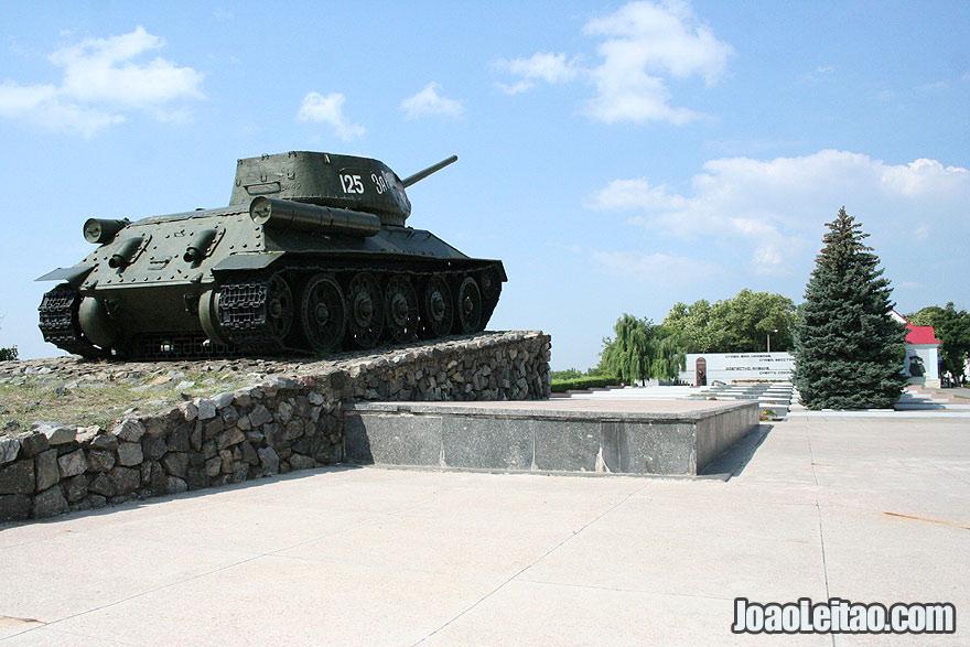 T-34 Tank WW2 War Memorial in Tiraspol