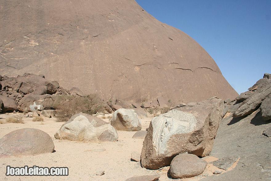 Sculptures in Guelb Ben Aicha monolith in Mauritania