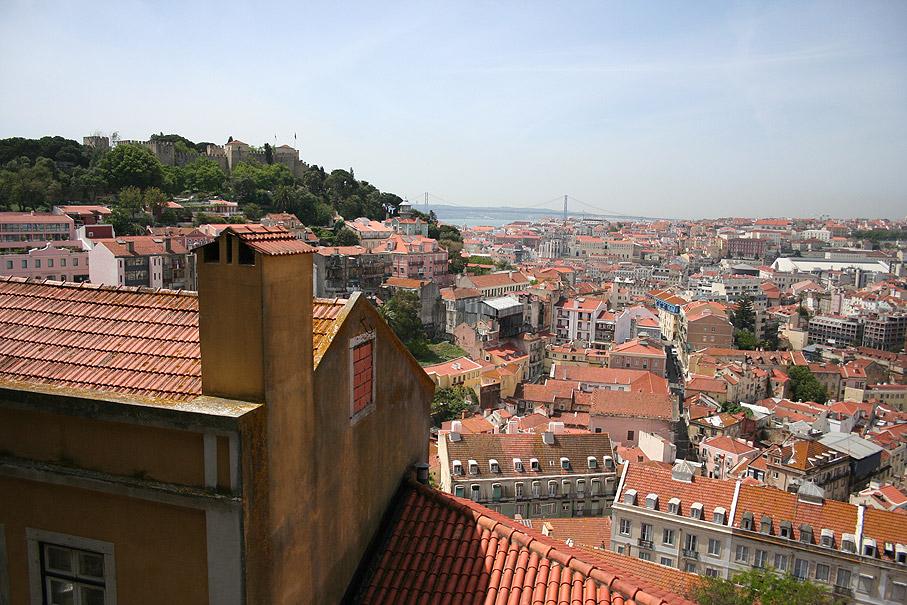 Fotografia Vista do Castelo de São Jorge desde o Miradouro da Graça, Lisboa